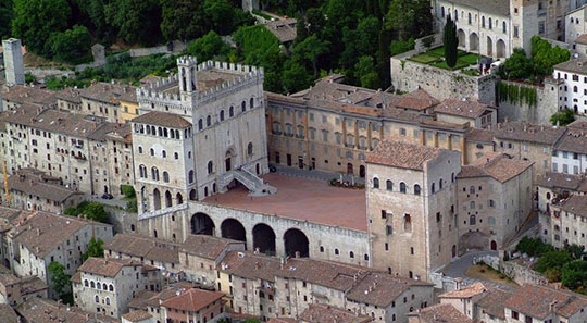 The ceramics capital of Gubbio (courtesy Benessere Umbria, CC via Flickr)